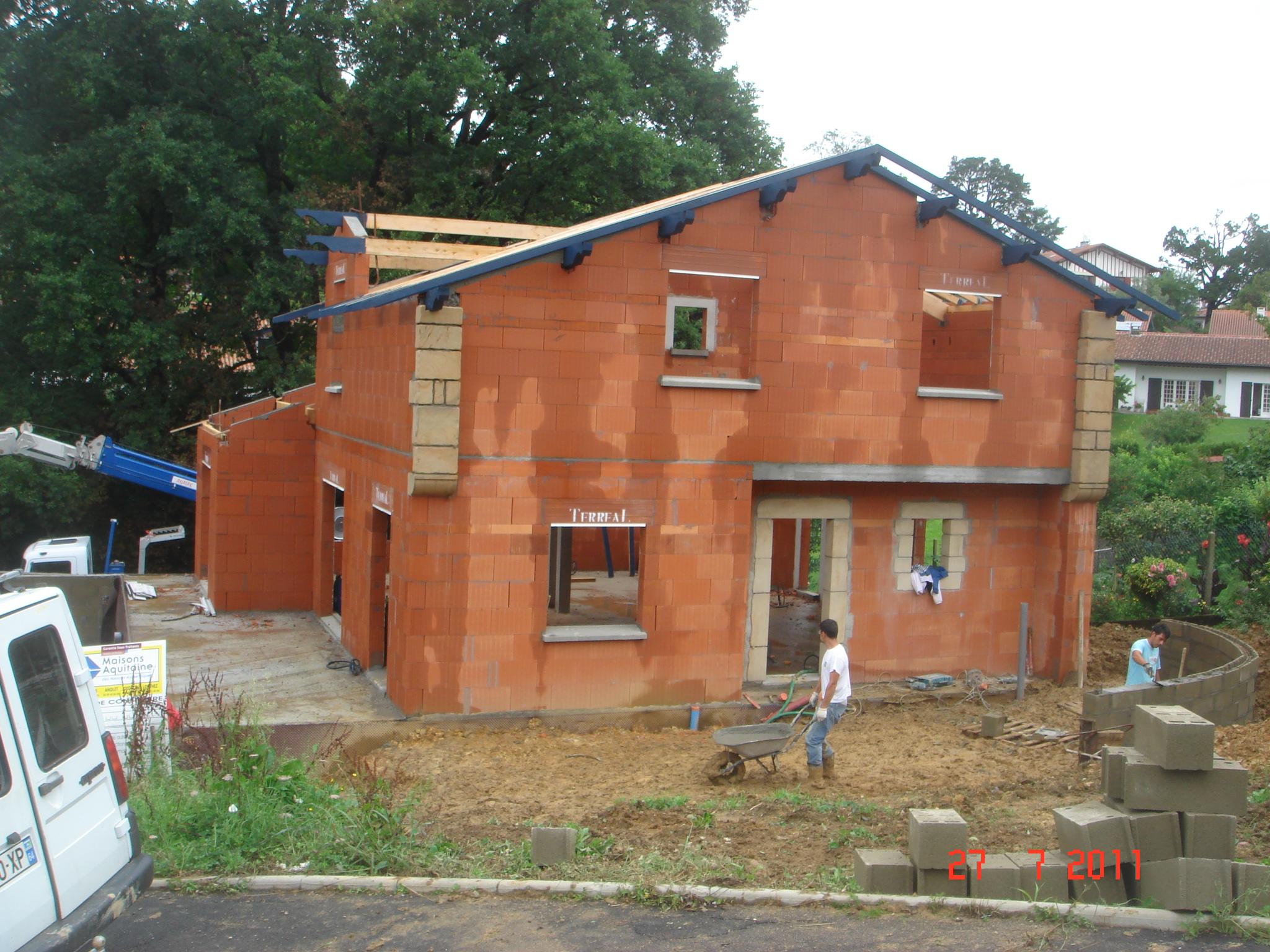 R alisation de maison individuelle en brique coller calibric construction saint paul - Brique a coller ...